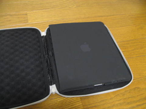 Apple iPad Case[MC361ZM/A]0285.JPG
